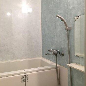 お風呂は新しめです~