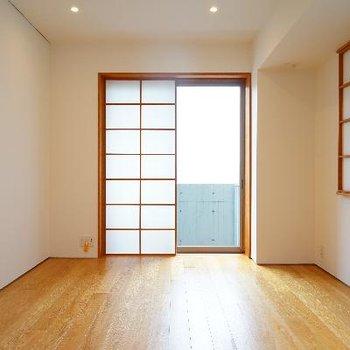 10.1帖の主寝室。使いやすい形です。