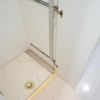 洗濯機は扉で隠せますよ音符