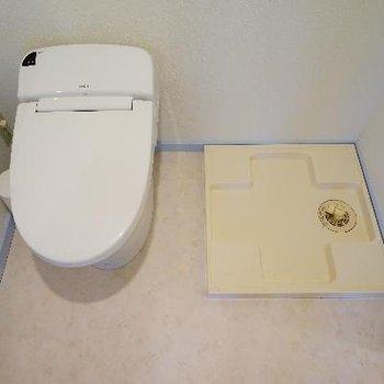よこに洗濯機を。※写真は別部屋