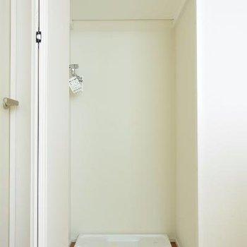 3F洗濯機置き場、クローゼットのように隠れてます。