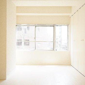 真っ白清潔なお部屋♪