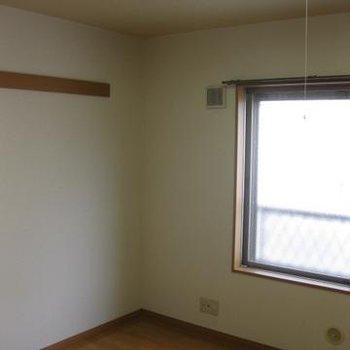 210アパートメントB