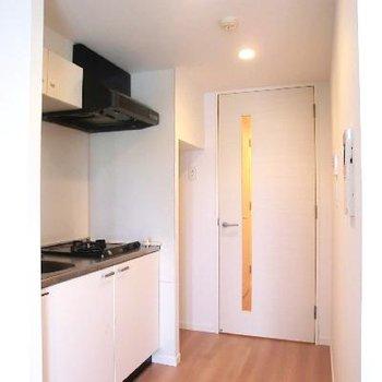 冷蔵庫は高さ制限あります!!
