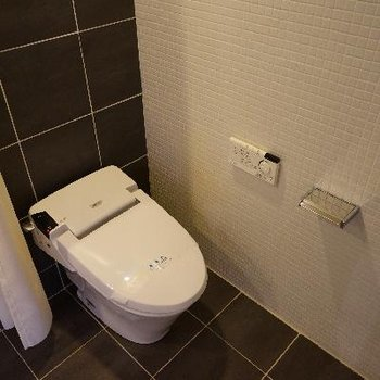 地下にもトイレが!