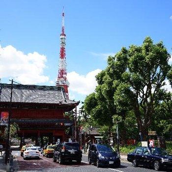 東京シンボルのふもと
