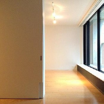 お部屋の雰囲気1(画像は別室です)
