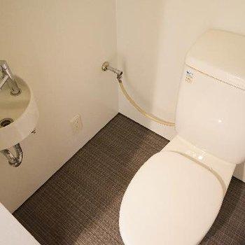 トイレには専用お手洗いが!