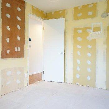 あなたの好きな壁紙と床を♪