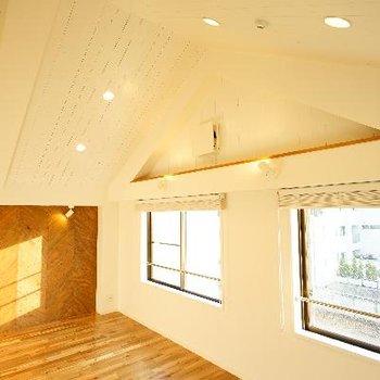 この3角屋根が可愛い。もはや、にくい!!