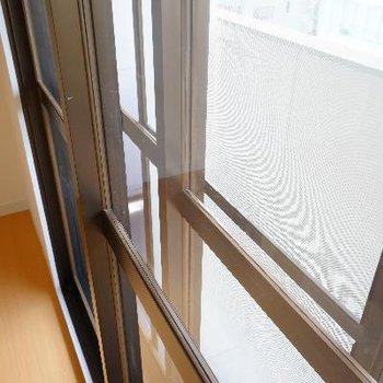 二重窓でしっかり遮音!!