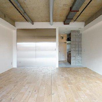 オークの無垢床を贅沢に使ったお部屋です!