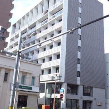 大通り沿いにある立派なマンション!※写真は別部屋