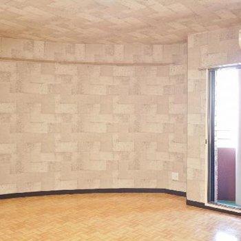 形は3階も2階のリビングと同じ。
