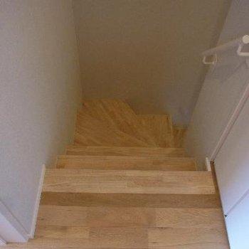 無垢の階段!