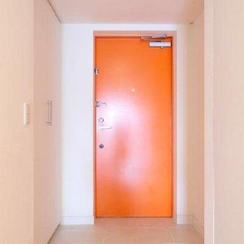 オレンジの扉が良いですよね
