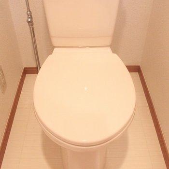 お手洗いはシンプルです