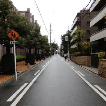 帝塚山の素敵な街並みです。