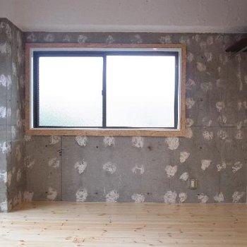 壁はドット柄のようなコンクリート!