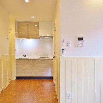 キッチンも優しい色ね。