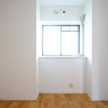 4.5帖の寝室は落ち着いたお部屋に!