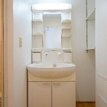 洗面台も使い勝手良好!