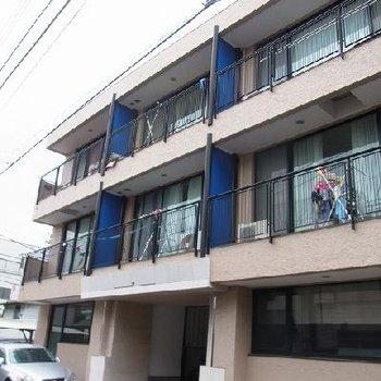 3階建てマンション!