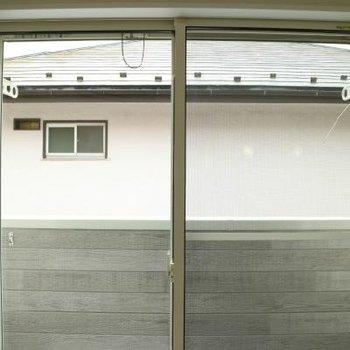 窓からの眺めは、普通かも。写真は同間取り別部屋