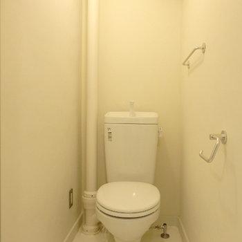 トイレ。とにかくシンプルに。