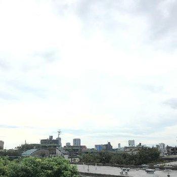 眺めも最高、目立って高い建物が無いので見晴らしは良いです。