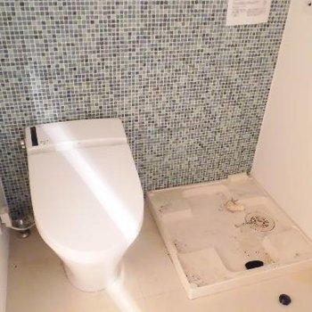 タンクレストイレですっきり!*クリーニング前です