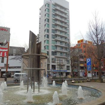 この立地です。矢場町の交差点の目の前