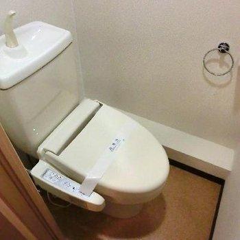 トイレは嬉しい個室です!
