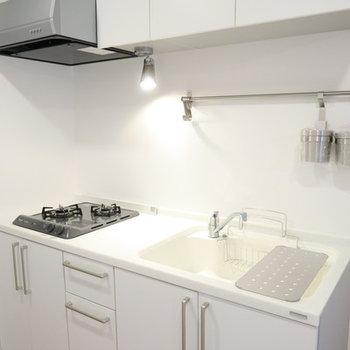 キッチンは2口ガスコンロに新しく