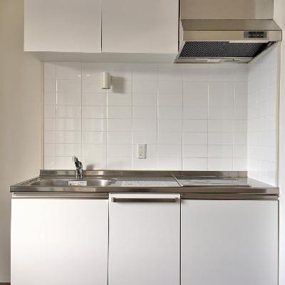 キッチンはどっしりと。IHなのでお掃除も楽々。