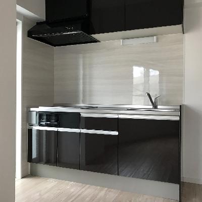 メリハリ黒キッチン
