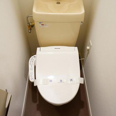 トイレにはウォシュレットつき!