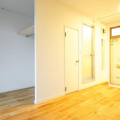 どんな家具にも合う、ヤマグリの床材です。