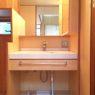ずっと綺麗に使いたい温かみのある洗面台