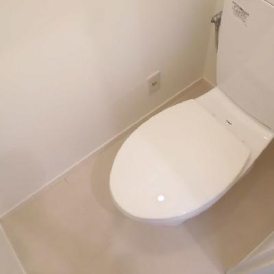 トイレにはコンセントあるのでウォシュレット付けられます
