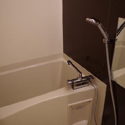 お風呂です。*写真は別部屋です
