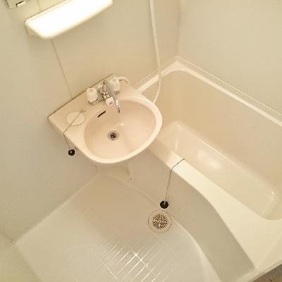 洗面台はここだけど、セパレートタイプ!