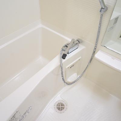 お風呂は乾燥機がついてますよ!