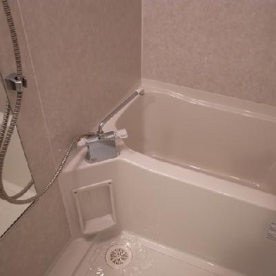 お風呂もきれいです※写真は別部屋になります。
