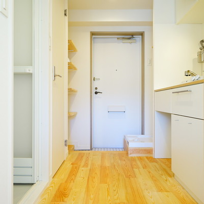 キッチン空間もしっかり無垢床◎