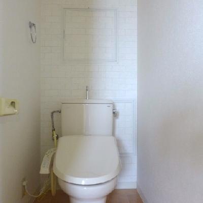 トイレにウォシュレット※写真は別部屋