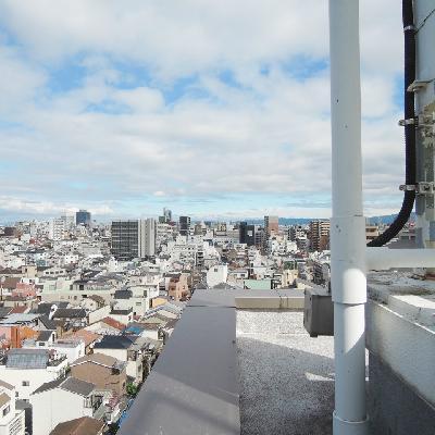 メゾネット部分のバルコニーの眺望。