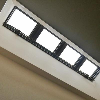 明り取り用の窓。