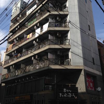 1階が飲食店です