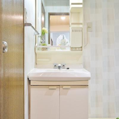 洗面台もシンプルでした。